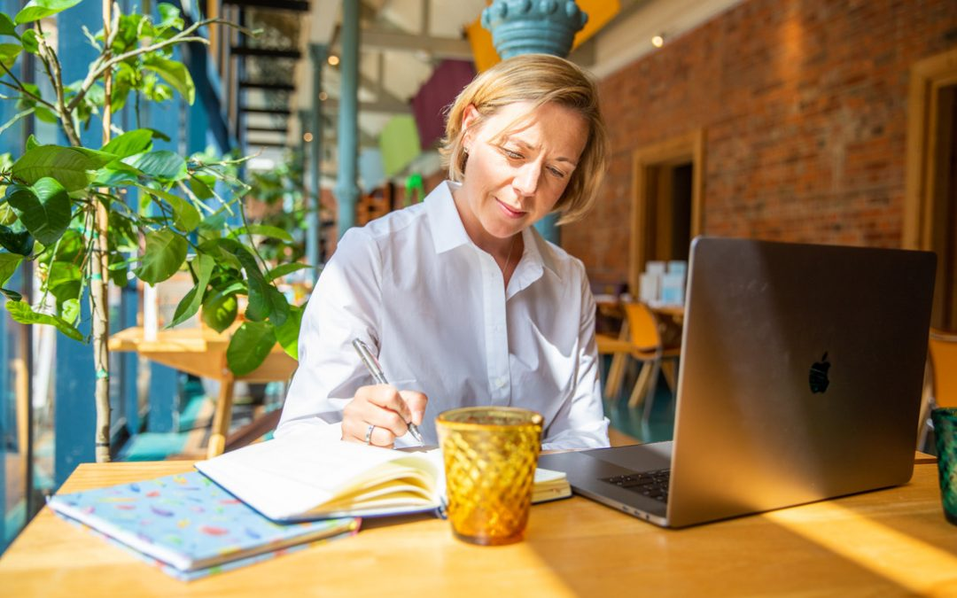 3 Strategies To Avoid The August Slump And Smash September In Your Business.